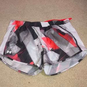 GREAT CONDITION Under Armour running shorts